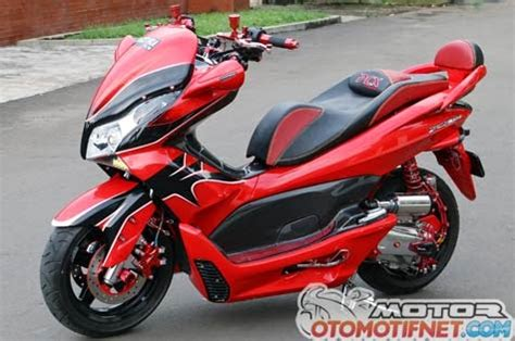 Pcx 2018 Modification by 2018 Honda Pcx150 Scooter Ride Review Specs Mpg