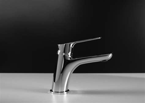 rubinetti gattoni gattoni rubinetteria miscelatori a risparmio d acqua il