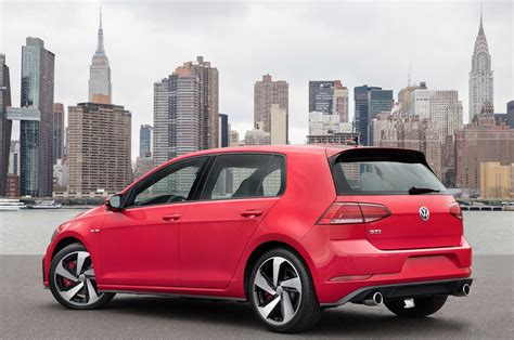 2018 Volkswagen Gti Reviews And Rating Motortrend
