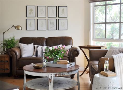 decorating with brown couches decorating with a brown sofa