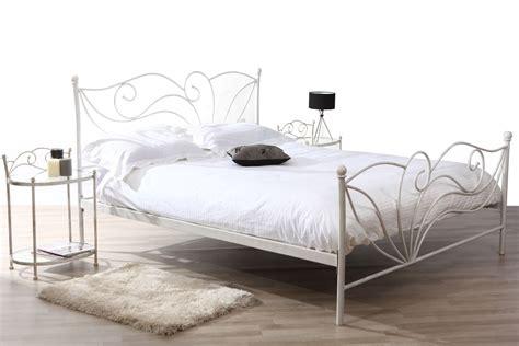 lit chambre transformable pas cher lit blanc laque pas cher 28 images lit design blanc