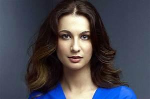 Yalda Hakim - BBC World News Journalist. Born in ...
