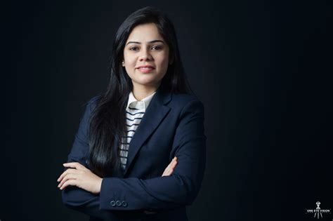 14893 professional business photography professional business portraits and headshots ahmedabad india
