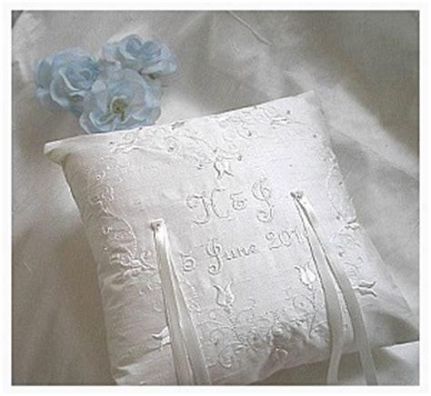 wedding ring cushion pillow