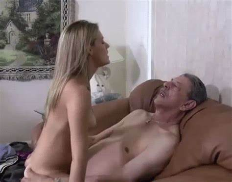 Tits Long Haired Daughter Devon Lee Outside Pounds Fun