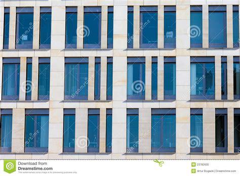 immeuble de bureaux façade moderne d 39 immeuble de bureaux photo stock image