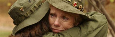 thousands  women volunteered  served   vietnam war