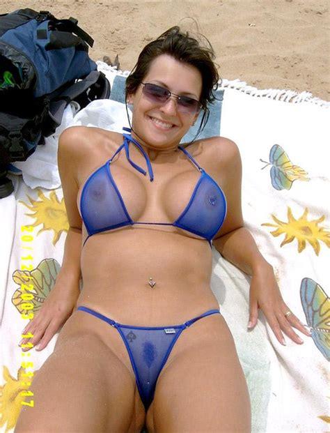 skimpy sexy amateur milf bikini