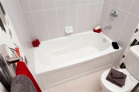 baignoire avec integree mirolin sydney baignoire en acrylique avec jupe int 233 gr 233 e 60 pouces sur 30 pouces droite