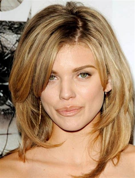 layered wavy hairstyles  oval faces long medium