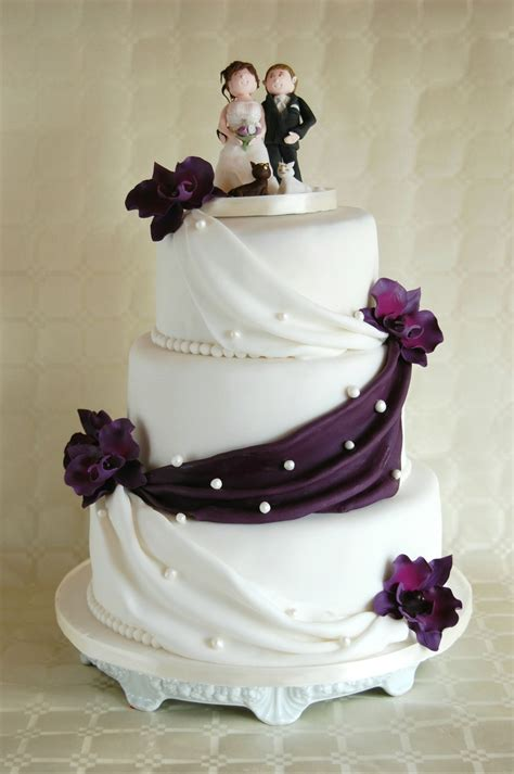 Simple Elegant Wedding Cake Lilac Orchids