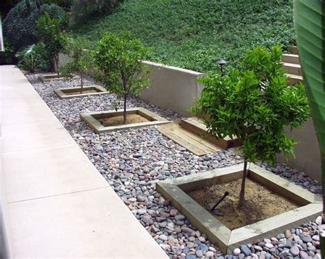 Contemporary Stones For Flower Beds