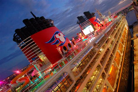 disney cruise vacation is the perfect compromise cruise ship