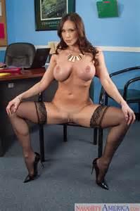 Beautiful Secretary Is Seducing Her Boss Milf Fox
