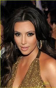 Kim Kardashian Blogs: Kim Kardashian Video