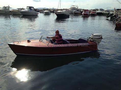 Riva Wooden Boat Plans by Riva Scoiattolo Replica 1950 S Woodenboat Magazine