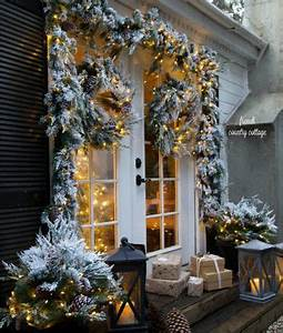 How to Create Classic Door Décor for Christmas