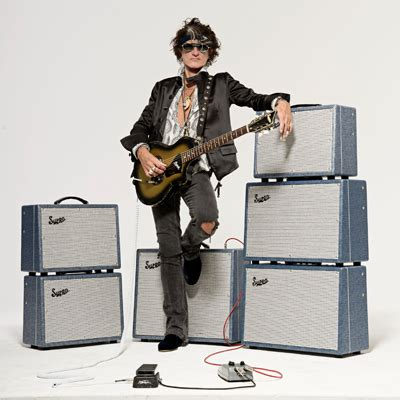 Supro Iconic Amps Guitars Effects