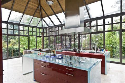 plan de travail cuisine en verre 5 plans de travail en verre d 39 exception cuisines et bains