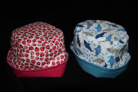 mobile chambre bébé chapeau bobloche recto verso pop couture