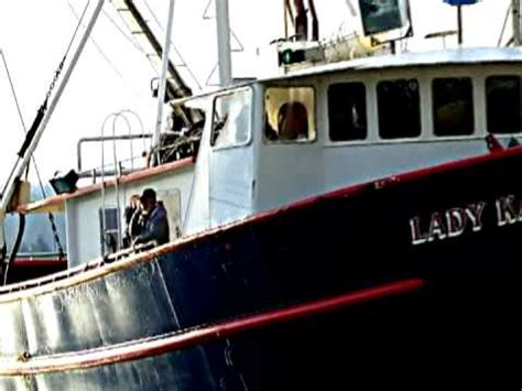 Fishing Boat Jobs In Oregon by Crab Boat Capsizes In Oregon Most Dangerous Job Youtube