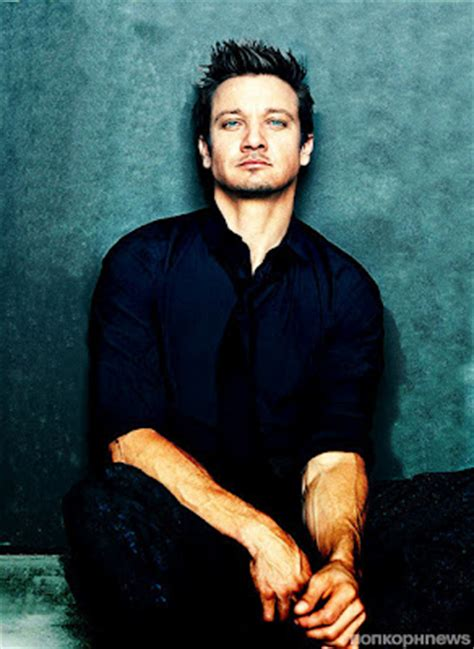 Jeremy Renner Hansel Gretel Witch Hunters Sexy Feets