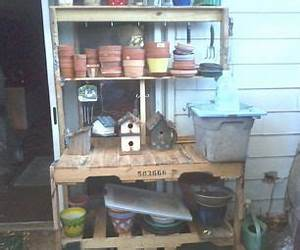 Best 25+ Pallet potting bench ideas on Pinterest Potting