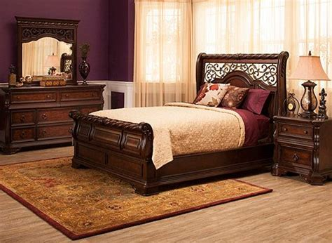 30535 bedroom furniture sweet oh how sweet it is the classic look of this vienna 4