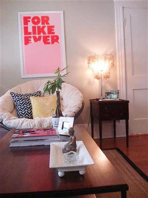 cozy ideas  modern home decorating  papasan chairs