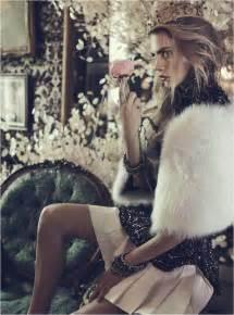 delevingne channels royalty  vogue australia shoot  benny horne fashion  rogue