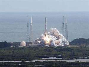 VIDEO: NASA successfully launched Curiosity robot as part ...