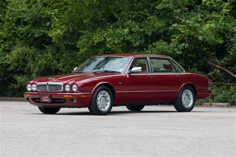 2000 Jaguar Vanden Plas Reviews, Specs And Prices
