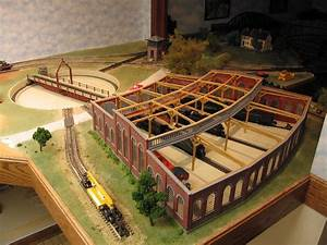 Model Train Guide  Useful O Scale Train Roundhouse