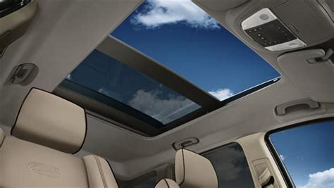 jeep compass panoramic sunroof from the passenger s seat the 2012 jeep grand cherokee is