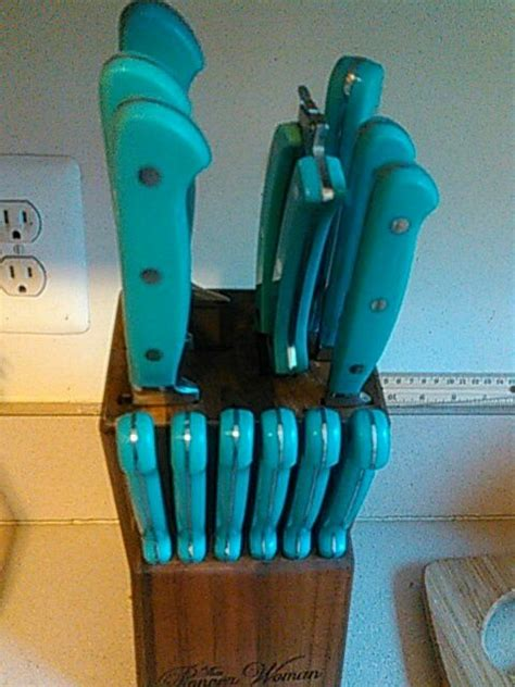 17+ Comely Kitchen Decor Knife Block