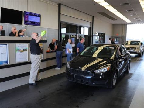 auto bid auction finding a used car what most buyers don t