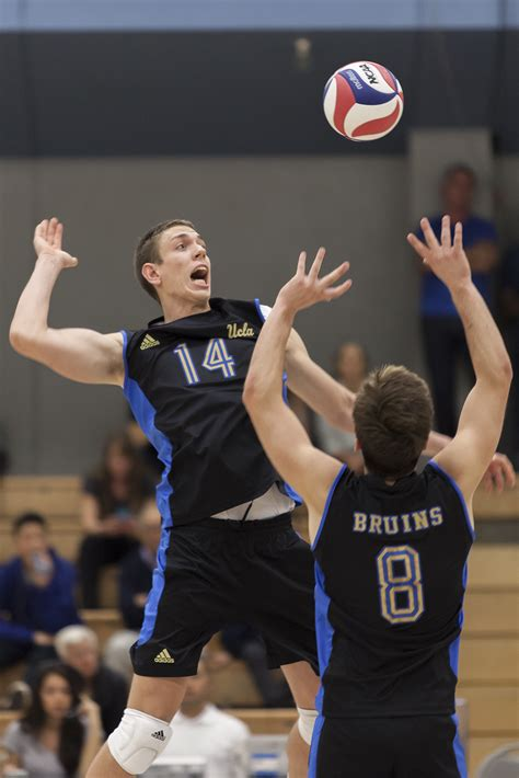 mens volleyball sweeps stanford    mpsf