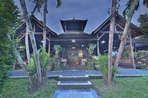 Charm And Warmth Of Balinese
