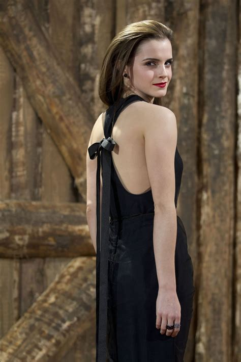 Pics Emma Watson Noah Premiere Peanut Chuck