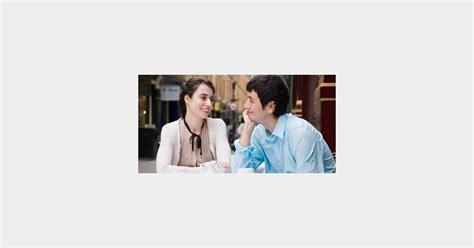 Des Employeurs Qui Préfèrent Le Les Femmes Préfèrent Les Hommes Qui Les écoutent