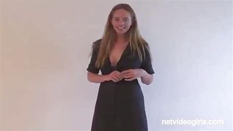 Casting Mit Einem Schüchternen Girl Pornoheitcom