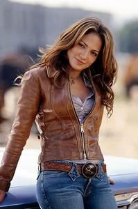 Jennifer Lopez Biography | Fashion and Style