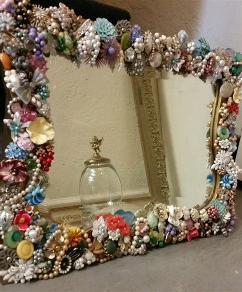 Decorating Ideas Mirrors by Best 25 Decorated Mirrors Ideas On Cd Diy Cd