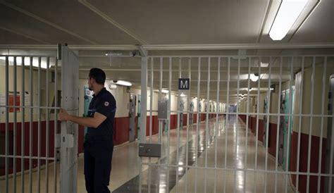 au bureau fleury merogis une dizaine de d 233 tenus islamistes 233 vacu 233 s de la prison de fleury m 233 rogis l express