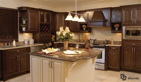 voir des modeles de cuisine la chaleureuse cuisines classique le groupe bois d 39 or
