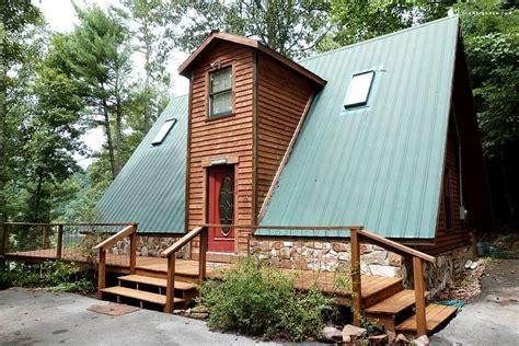 lake cabin rentals cabin rental on watauga lake tennessee