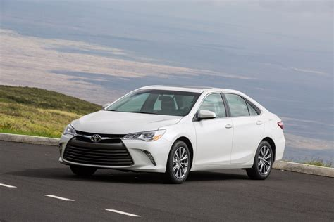 2015 Toyota Msrp by 2015 Toyota Camry Reviews And Rating Motor Trend