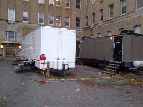 restroom rental trailers   long haul