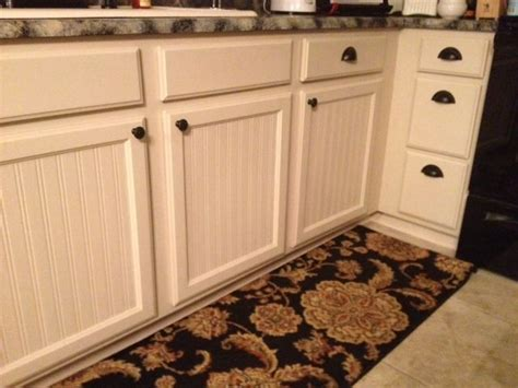 beadboard wallpaper kitchen cabinets 25 best ideas about wainscoting kitchen on 4377