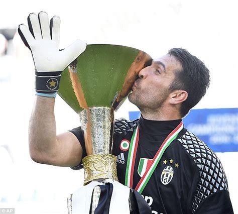 Juventus' Gianluigi Buffon deserves to win the Ballon d'Or ...